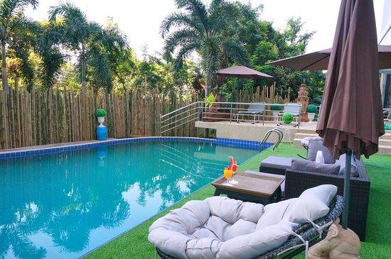 Swimming Pool Convention : Swimming pool picture of woraburi ayothaya convention