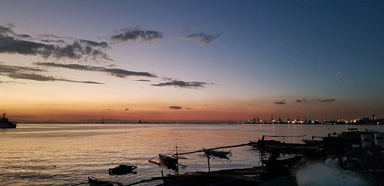 Manila Bay: 20180219_182153_large.jpg
