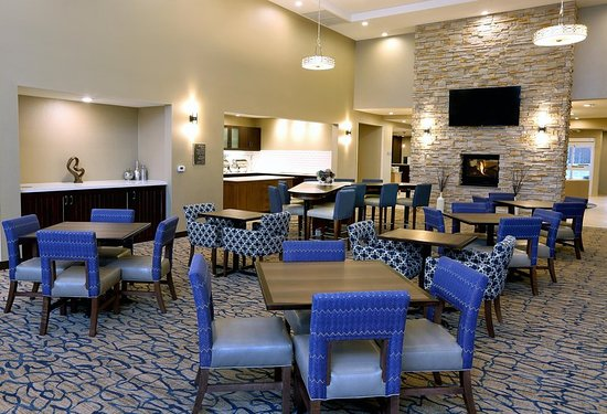 West Fargo, North Dakota: Lobby