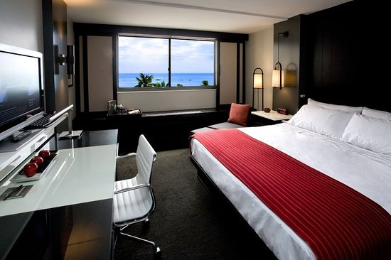 Hotel Renew: Exterior