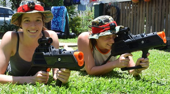 Townsville, Avustralya: Laser Skirmish - mobile games played indoors and outdoors