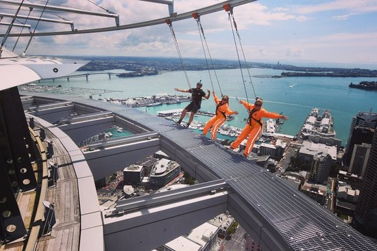SkyJump and SkyWalk: IMG_20180306_222602_799_large.jpg