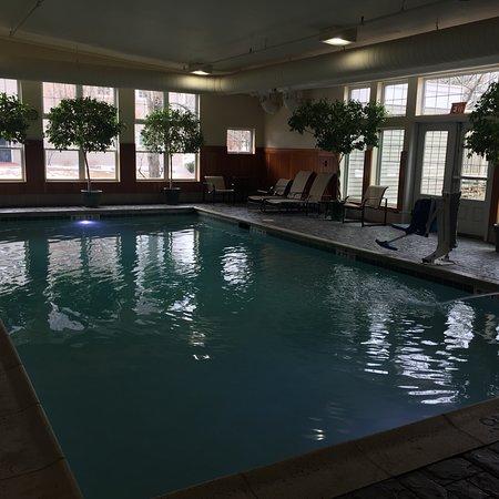Green Mountain Suites Hotel: photo0.jpg