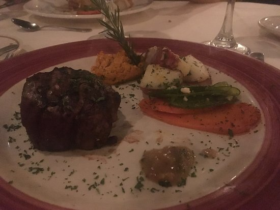"Miguel's Restaurant: my overcooked ""filet mignon"" with parsley explosion"