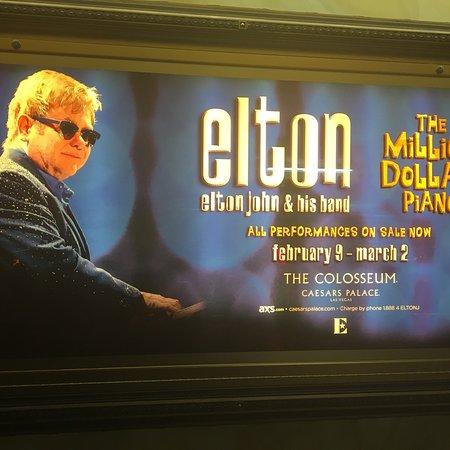 Elton John - The Million Dollar Piano: photo0.jpg