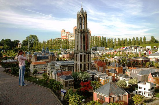 Private Delft ,The Hague & Madurodam...
