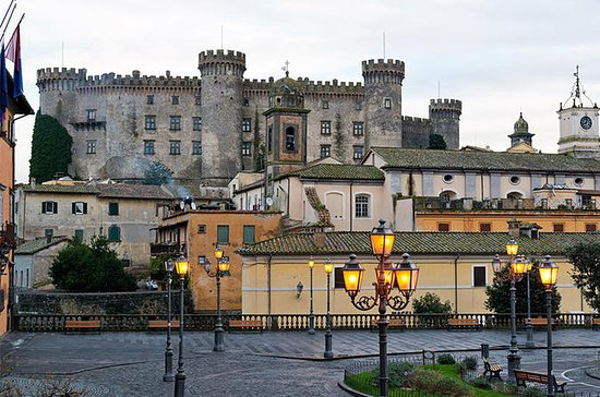 Bracciano Castle with Wine Tasting
