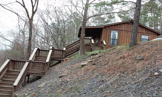 Watson, Oklahoma: Riverbend Cottage steps go right down to the water.