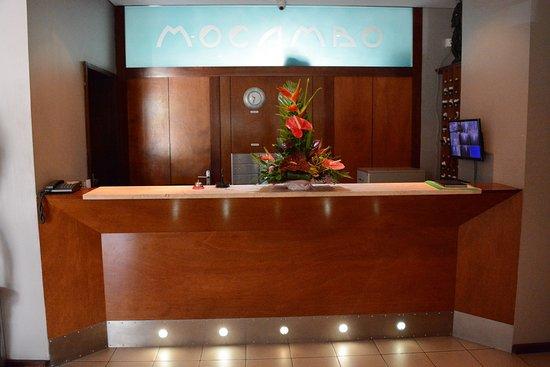 Auberge Du Mocambo