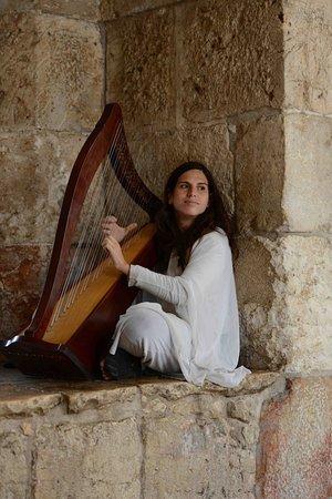 Jaffator (Bab al-Khalil): Performer
