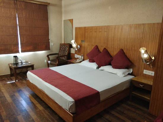 Hotel Royal Castle Grand: IMG_20180307_125344_large.jpg