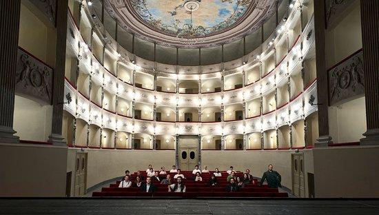 Sarzana, Italia: foto teatro