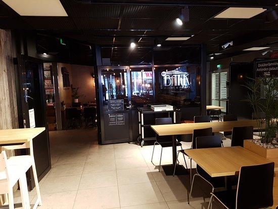 Pietarsaari, Finlandia: The restaurant (cafe really)