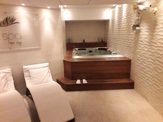 Cezanne Hotel: 20180305_171612_large.jpg