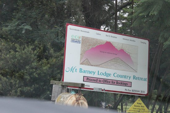Mt Barney Lodge Country Retreat : Entrace