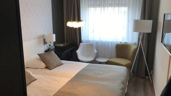 Het Wapen van Elst: Prima (moderne) een of tweepersoons kamer