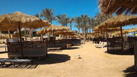 منتجع شاطئ كاليميرا حبيبة: P_20180225_110924_large.jpg