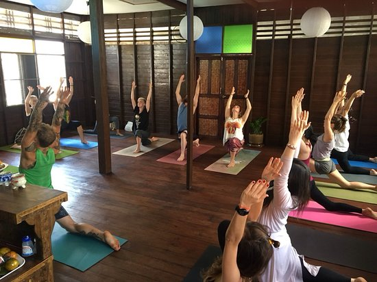 ‪Hidden House Yoga Chiang Mai‬