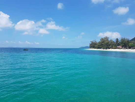 Pulau Besar, Malaysia: view to Besar island from the boat