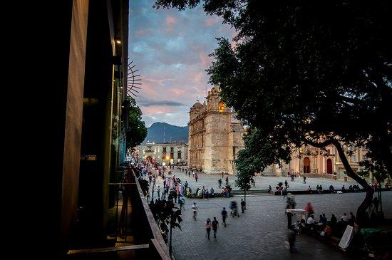 El Asador Vasco: La Catedral Oaxaqueña a sólo unos pasos...