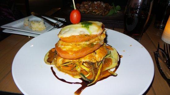 Cassariano Italian Eatery: Chicken Parmesan