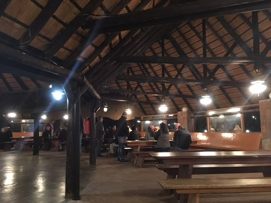 Midgard, Namibia: Braai(barbecue) house on a very cold night