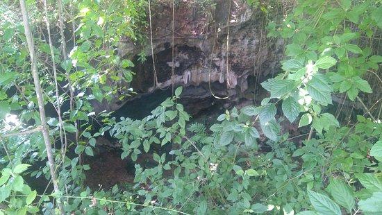 Baloiya Cave