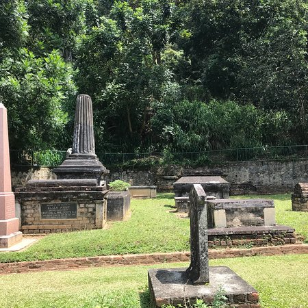 Kandy Garrison Cemetery: photo3.jpg