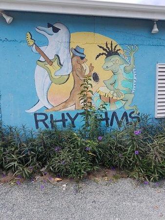 Rhythms at Rainbow Beach : 20180304_122418_large.jpg
