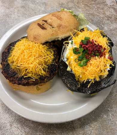 Chalmette, LA: Brewster burger with a loaded baked potato