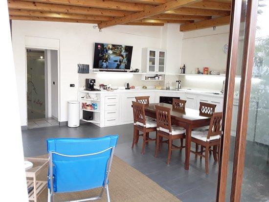 Cucina / Giardino d\'inverno - Picture of La Casa di Luigi ...