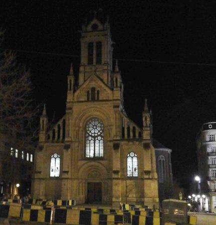Eglise Saint Gilles: Beautiful church