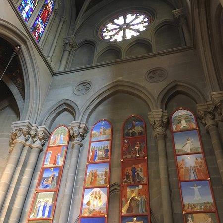 Notre Dame Basilica: photo4.jpg