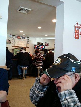 Winneconne, Wisconsin: Good service & gr8 food.