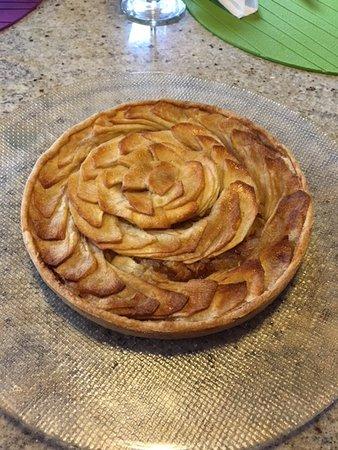 Colazza, Italia: Best apple tart, ever!