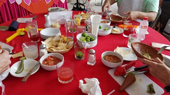 "Salsa Mazatlán: Making salsa with margarita ""sides"""