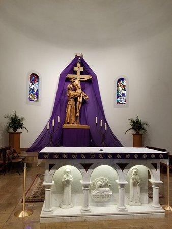 La Quinta, CA: Beautiful altar and interior