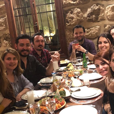 Where to Eat in Antelias: The Best Restaurants and Bars