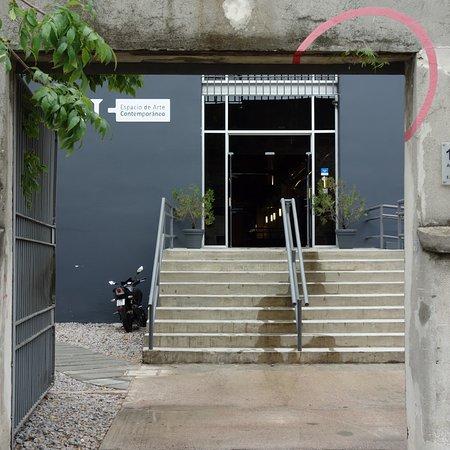 Espacio De Arte Contemporaneo: entrance