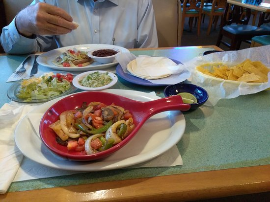 Brooksville, FL: Tacos And Veggie Fajitas