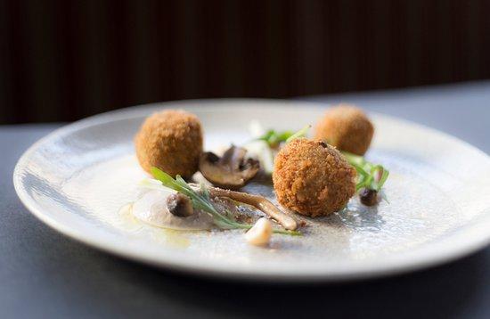 Moira, UK: Mushroom Arancini