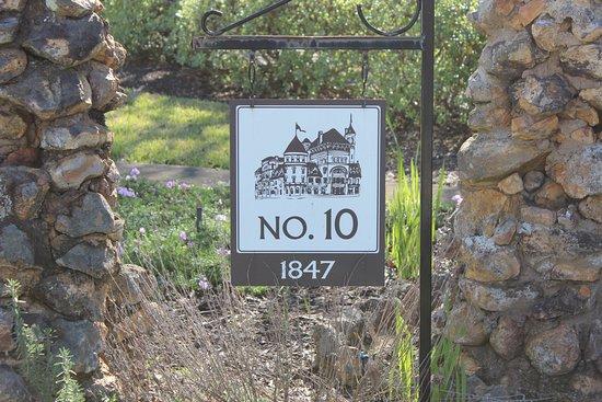Americus Garden Inn Bed & Breakfast: Home built in 1847