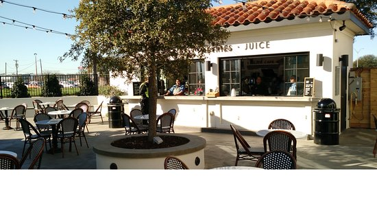 The Patio Area Picture Of Magnolia Table Waco TripAdvisor - Magnolia table restaurant