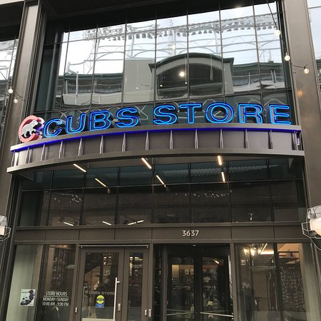 separation shoes e924b dbf87 A visit to Wrigley Field, the Cubs team store, and ...