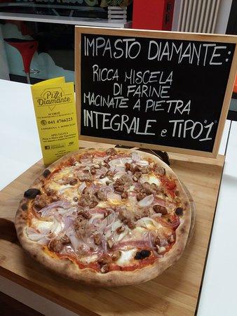 Scorze, Itália: Pizza Diamante