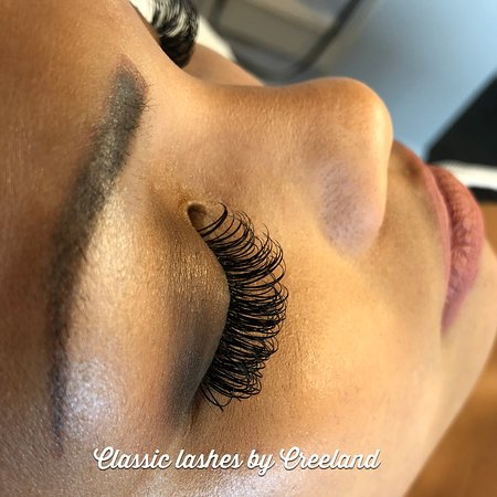 46adbb92484 Pinkys Beauty Box: Glamour up with our Glamour Classic Set of Lash  Extensions