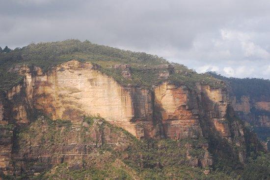 蓝山山脉照片