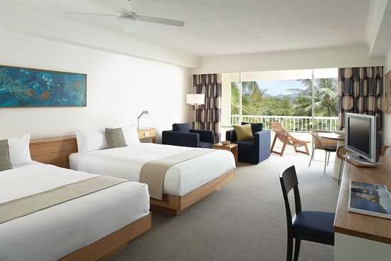 Reef view hotel updated 2018 prices reviews hamilton for Garden room reviews