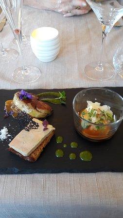 Eischen, Luxembourg: Entrée ganz gutt och présentei' ert
