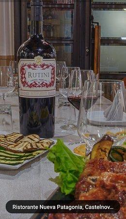Tira de asado...... Tinto Rutini.....vinos DEPOTRERO